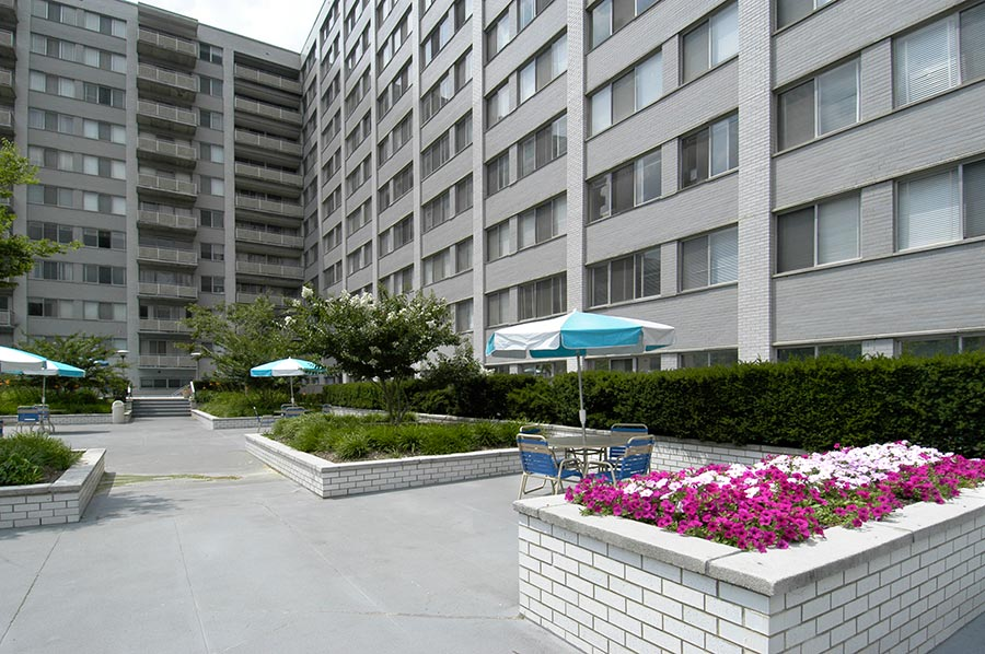 Colesville Towers Room For Rent