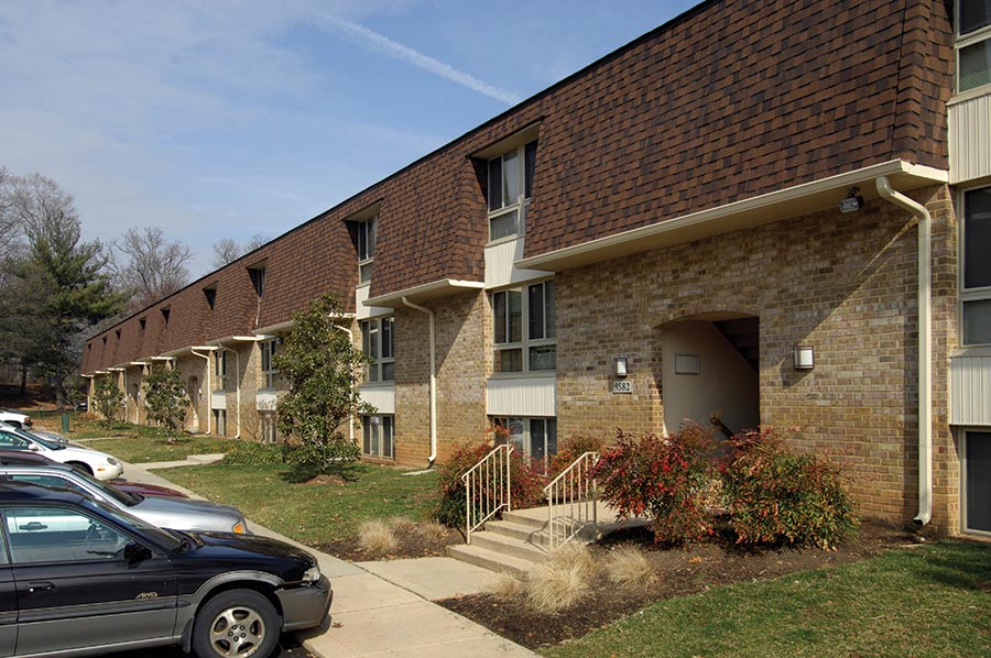 affordable apartments in laurel md crestleigh